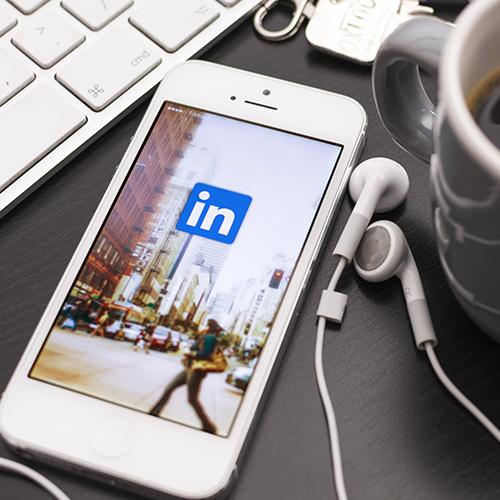 Jobweiser Social Media Service